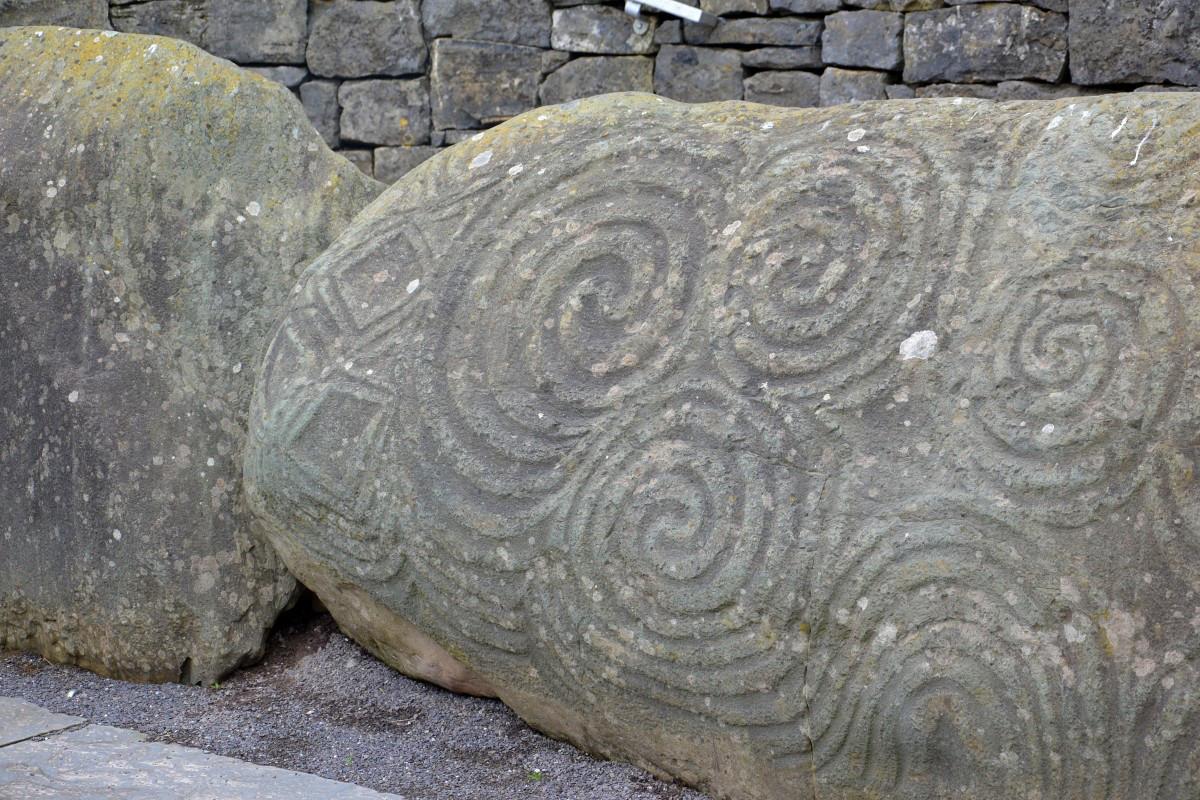 stone_celtic_newgrange_ireland-1327845